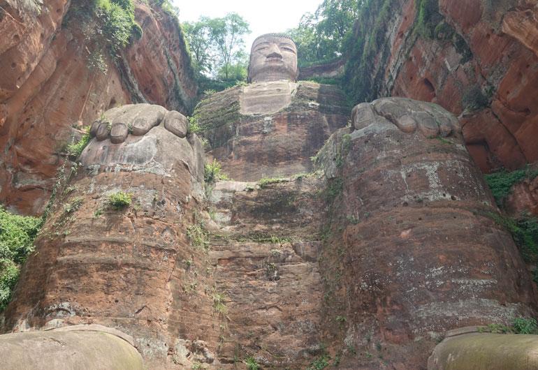 Großer Buddha von Leshan & Oriental Buddhist Theme Park