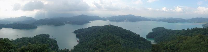 Radtour um den türkisen und idyllischen Sonne Mond See in Taiwan