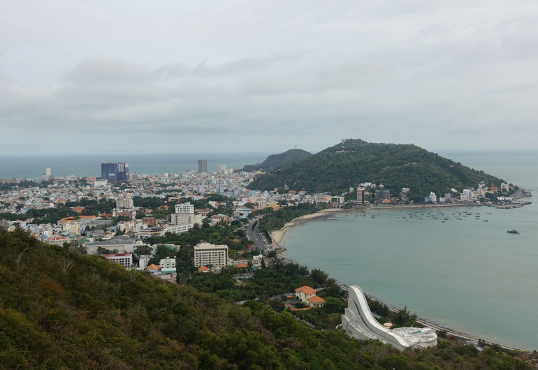 Vung Tau in Vietnam - Ferienhalbinsel mit Strand und Freizeitpark